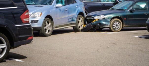 Unfall beim rückwärts Ausparken