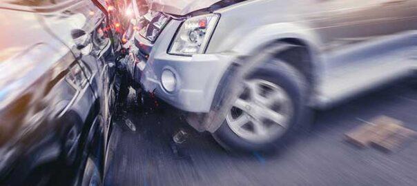 Unfall zweier Autos, Verkehrsrecht